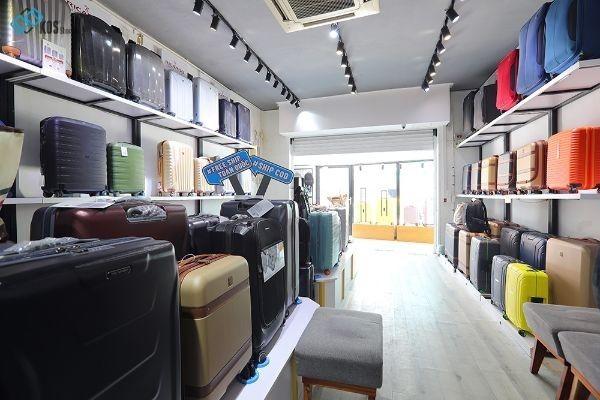 Cửa hàng bán vali kéo ở TPHCM 9