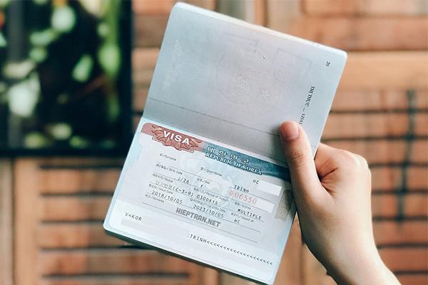 Đi du lịch Hàn Quốc cần chuẩn bị giấy tờ cá nhân