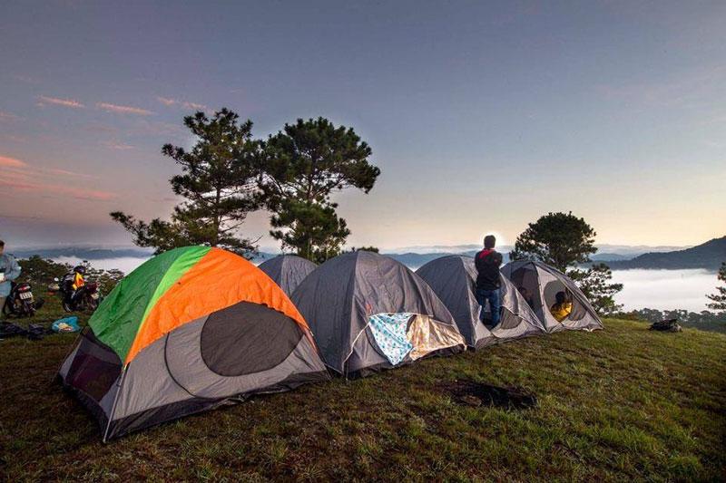 đi cắm trại mang gì