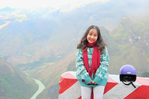 Trang phục đi du lịch Hà Giang của blogger du lịch - Mavis